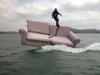 couch-surfing.jpg